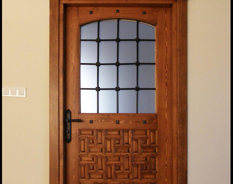 Düzce Cami Kapısı